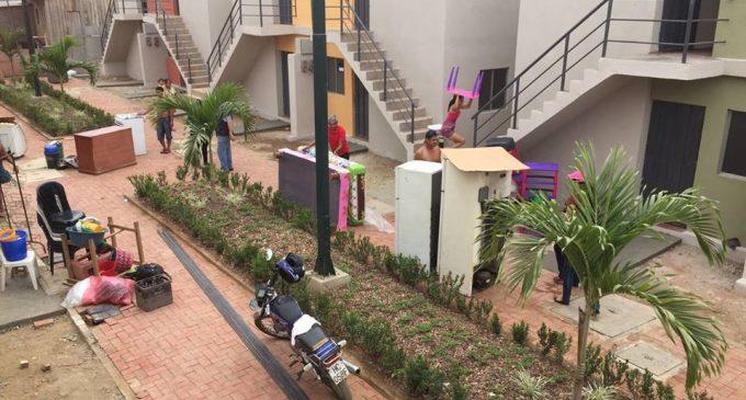 MIDUVI entregó 236 viviendas en Babahoyo para afectados por terremoto