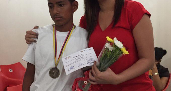 Alcalde Jorge Domínguez y Concejales homenajearon a la delegación que obtuvieron medallas en olimpiadas especiales