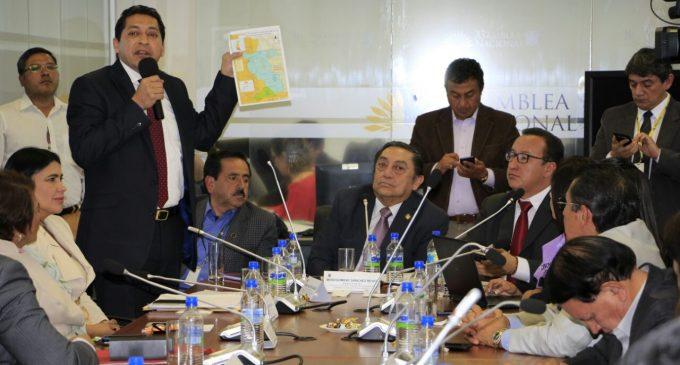 Los Ríos pide dejar sin efecto decretos presidenciales