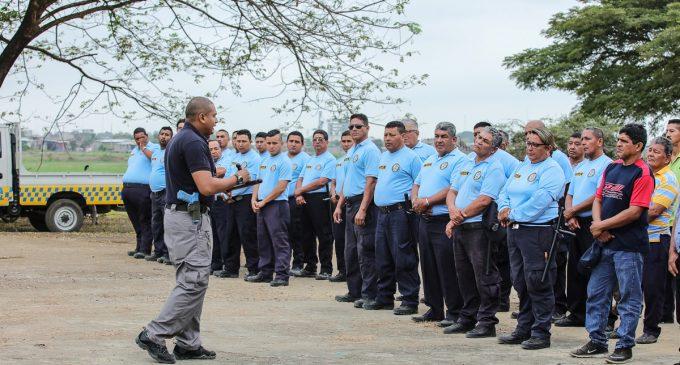 POLICÍAS MUNICIPALES SE CAPACITAN EN ENTRENAMIENTO OPERATIVO