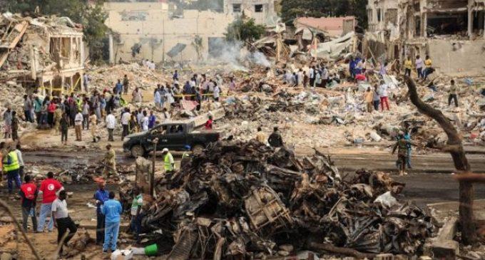 """Somalia: al menos 276 muertos deja """"el peor ataque en la historia"""
