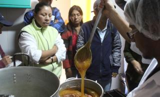 Apicultores de Pichincha dan valor agregado a la miel
