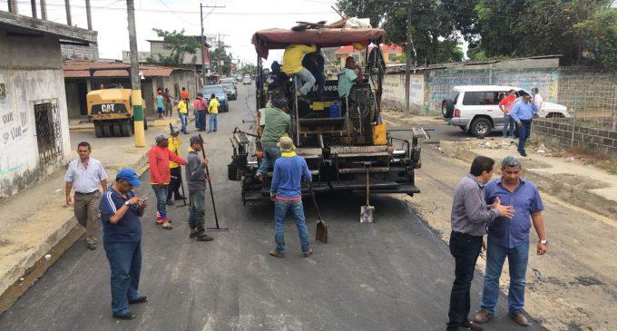 Vinces: Prefectura y Municipalidad construyen obras de desarrollo