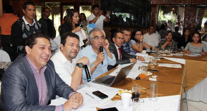 Troya: 'Es necesario emprender una verdadera descentralización en el país'