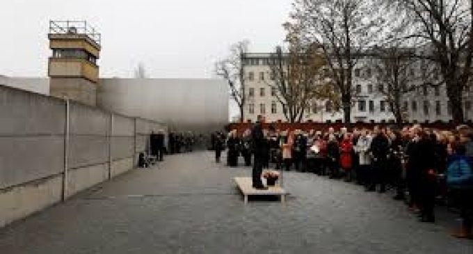 Hoy, Berlín conmemora 28 años de la caída del muro