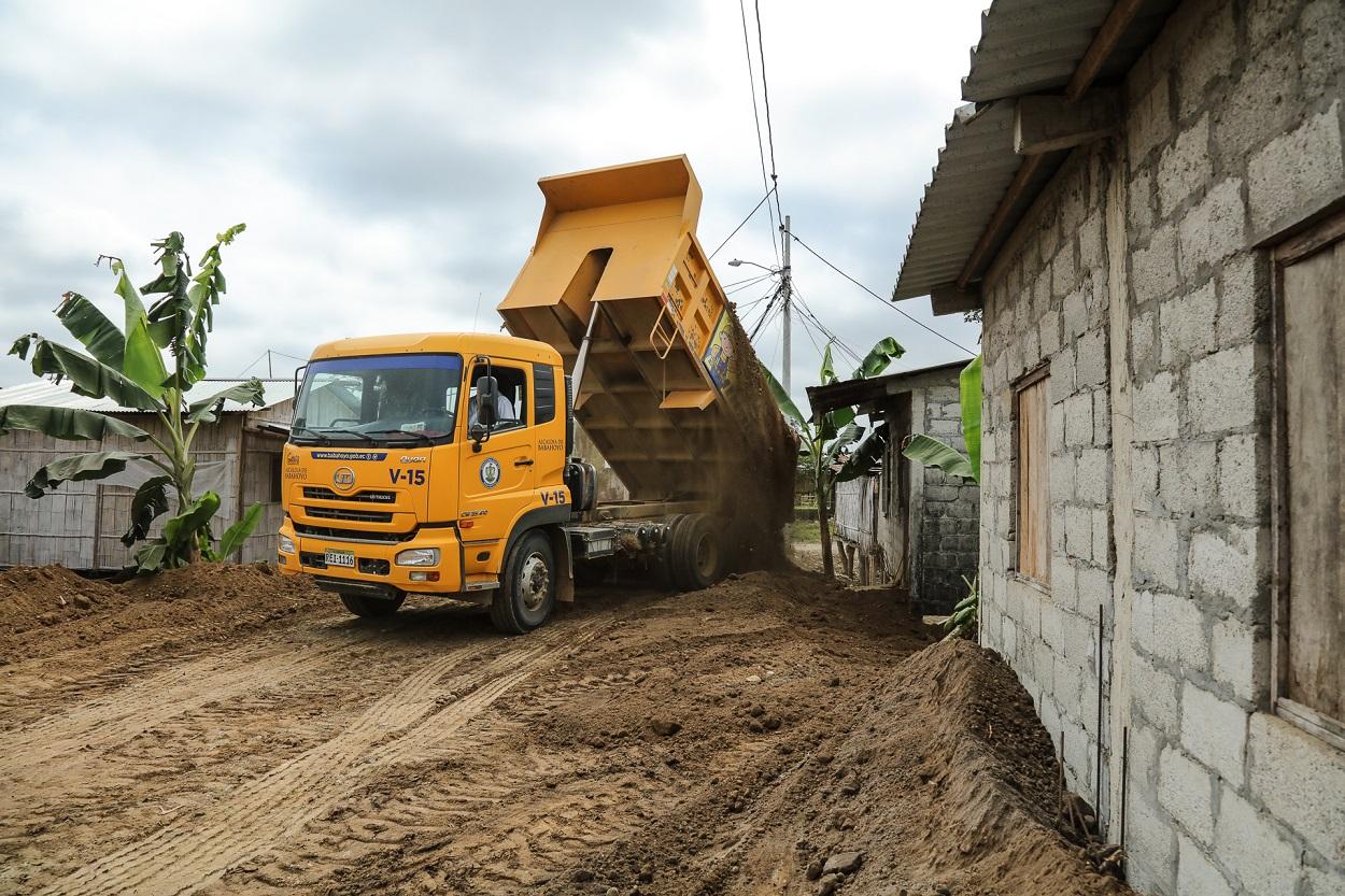 EMPEZÓ LA CONSTRUCCIÓN Y AMPLIACIÓN DE MUROS DE ACCESO EN CARACOL