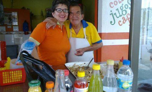 Panchito, más de 6 décadas con sus tradicionales sánduches