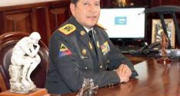 Renuncia el jefe del Ejército por un escándalo de espionaje