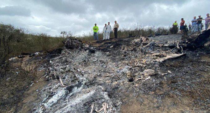 Avioneta se estrelló en Montecristi y dejó como saldo dos personas fallecidas