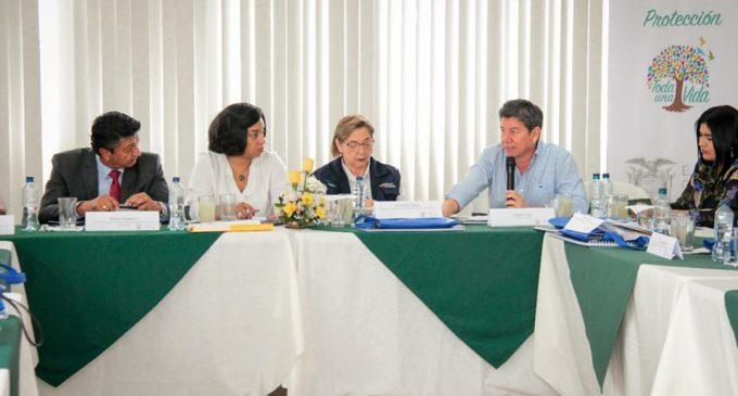 PREFECTO TERÁN PARTICIPA DE REUNIÓN CON LA DIRECTORA NACIONAL DE GESTIÓN DE RIESGO