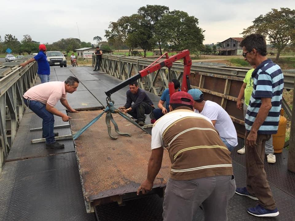 GOBIERNO DE LOS RÍOS REALIZA REPARACIÓN DE PUENTE BAILY