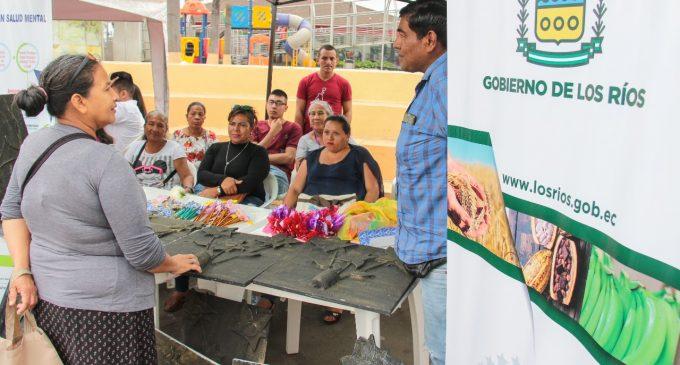 ADULTOS MAYORES DISFRUTARON DE UNA CASA ABIERTA POR LA NO VIOLENCIA CONTRA LA MUJER
