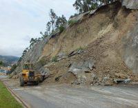 Cierre de vías en Azuay a causa de las lluvias