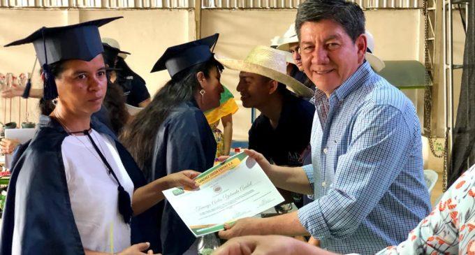 GOBIERNO DE LOS RÍOS BRINDÓ CAPACITACIÓN EN VENTANAS