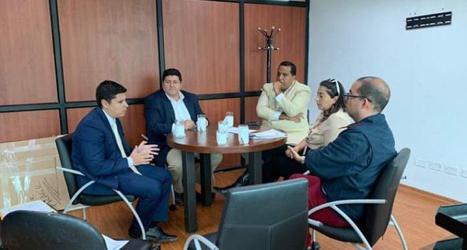 ALCALDE SE REÚNE CON EL CONSEJO NACIONAL DE COMPETENCIAS