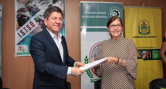 GOBIERNO DE LOS RÍOS APUESTA A LA EDUCACIÓN SUPERIOR EN LA PROVINCIA