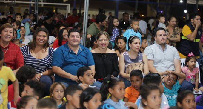 ALCALDE GÉRMAN COMPARTE CHOCOLATADA EN EL SALTO