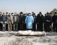 Irán sufre 113 muertes por coronavirus en 24 horas