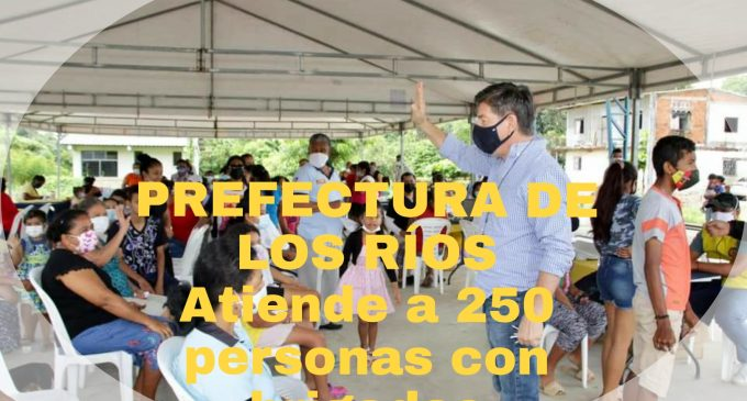 PREFECTURA DE LOS RÍOS ATIENDE 250 PERSONAS